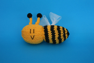 Bee_rect_small2