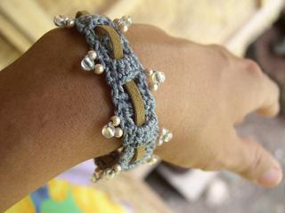 Beaded-weave-bracelet-1_small2
