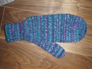 Double Knit Mitten Pattern : Ravelry: Reversible twice-as-warm mittens (Also called Double Knit Mitts) pat...