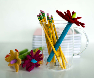 Website_pencil_cosy_with_pencils_small2