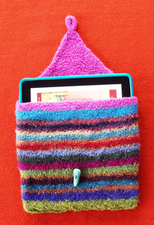 Scrap_yarn_open_w_ipad_webpage_small2