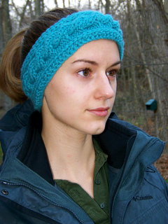 Ravelry: Adjustable Cabled Headband pattern by Lise-Anne ...