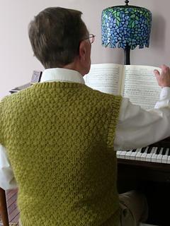 Pf4-back-at-piano_small2