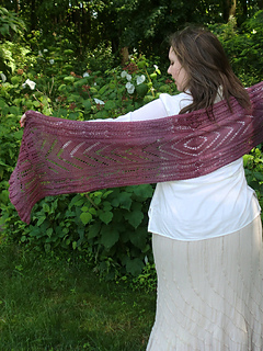 Pf4-rose-shawl-back_small2