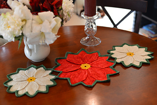 Poinsettiarunner1_small2