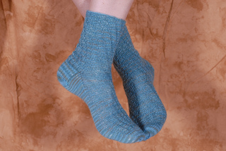 Twisted_toes_socks_002_small2
