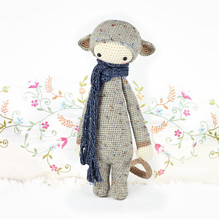 Amigurumi Dolls By Artist Lydia Tresselt : Ravelry: lalylala RADA the rat pattern by Lydia Tresselt