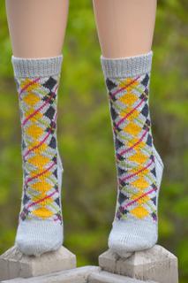 May_argyle_sock_014_small2