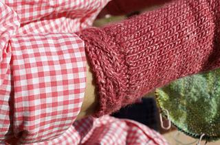 Ida_mitts_cuff_detail_small2