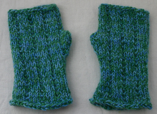Snowbunnymitts032512_small2