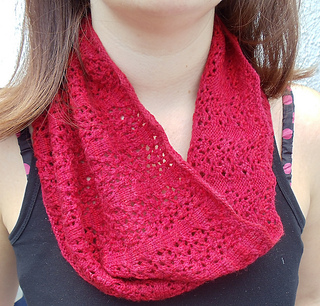 Rhosyn_cowl_1_medium2_small2