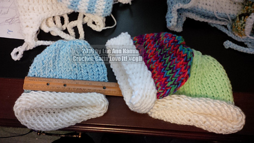 Baby_loom_knit_hats_red_knifty_knitter_31_pegs__2_strands_ww_yarn_held_tog__horizon_medical_center_baby_project_in_dickson_tn_20160125
