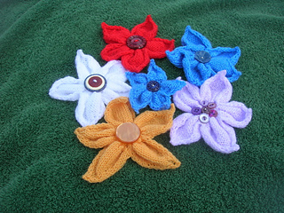 Knitflowers_small2