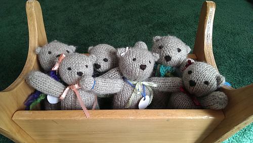 Knitted Teddy Bear Pattern Ravelry : Ravelry: Simple Knitted Teddy Bear pattern by Lise Stoessel