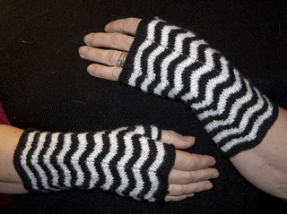 Elphaba_gloves_bw_small2