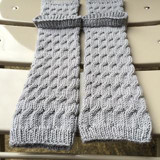 Ravelry: Yoga leg warmers pattern by Lizzy Kingston