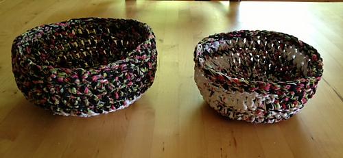 2_bowls_medium