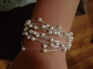 Crocheted_jewelry_1_small2