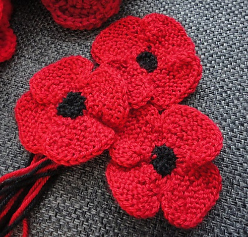 Leaves and stems for knitted Poppies