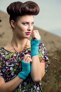 Knitscene-summer-neon-0077_small2