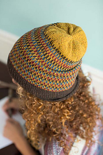 Knitscene-03-12-14-urban-legands-0159_small2