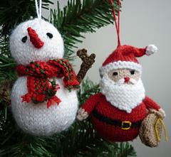 Xmas_ornaments2a_small
