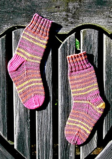 Basic_chilren_s_sock_small2