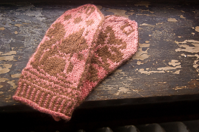 2013 squirrel mittens