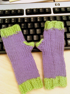 Purple-greenkidmitts_small2