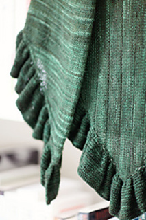 Kate_s_shawl_close_up__small2