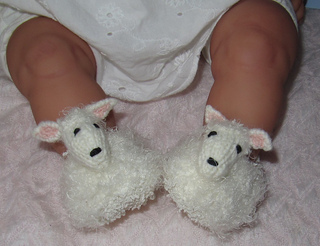 Baby_sheep_shoes1_small2