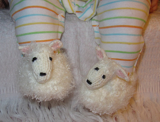 Baby_sheep_shoes2_small2