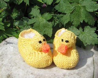 Baby_rubber_duck_shoes3_small2
