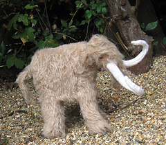 Mammoth_woolly_mammoth_by_madmonkeyknits5_small