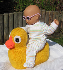 Giant_rubber_duck_toy_by_madmonkeyknits2_small
