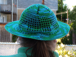 Hat003_small2