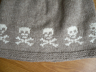 Skull_jumper_02_small2