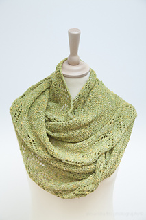 Greenshawl_maliamather-5794_small2
