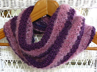Royal_purple_cowl_9_small2