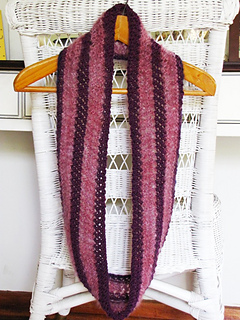 Royal_purple_cowl_10_small2