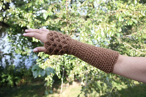 Crocodile Stitch Wrist Warmers