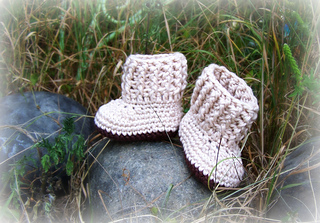 Baby_shoes_004_small2