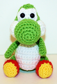 Mini Yoshi Amigurumi : Ravelry: Mini Yoshi Gamer Friend pattern by Mary Smith