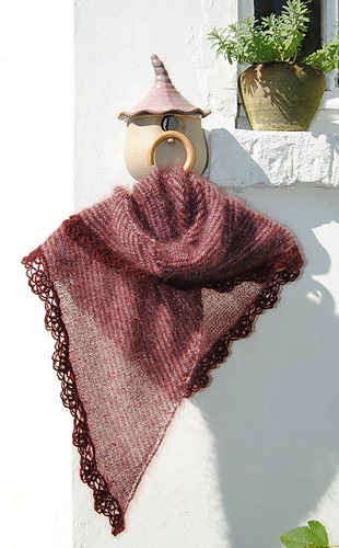 Sedna_s_shawl_bis_ii_medium