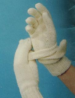Patons__430_glove-mitt_small2