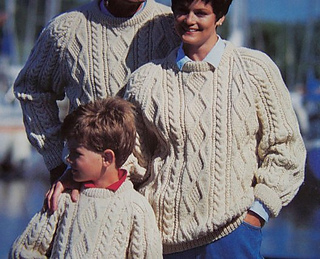 Patons_1082_-_family_arans_-_aran_family_cable_pullover_-_pattern_small2