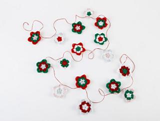 Free Crochet Pattern For Star Garland : Ravelry: Star Garland #L20347 pattern by Lion Brand Yarn