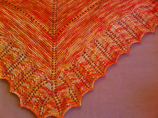 Sunshine_shawl_1_small2