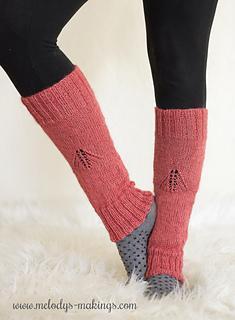 Wisteria_leg_warmers_knit_version_small2