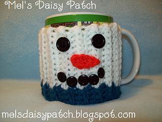 Snowman_mug_hug_w_button_face_small2
